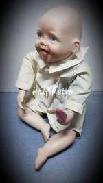 Bebeluș cu înghețată