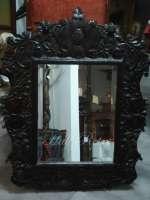 Oglindă de perete